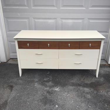 Mid-century modern dresser || White + Wood mid-century dresser by FolkloveStudio