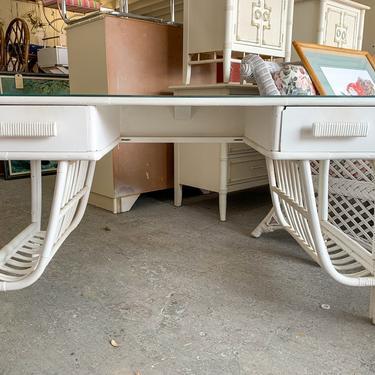 Sweet Rattan Desk