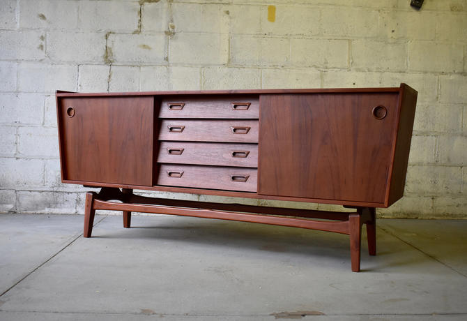Mid Century Modern styled CREDENZA media stand by CIRCA60