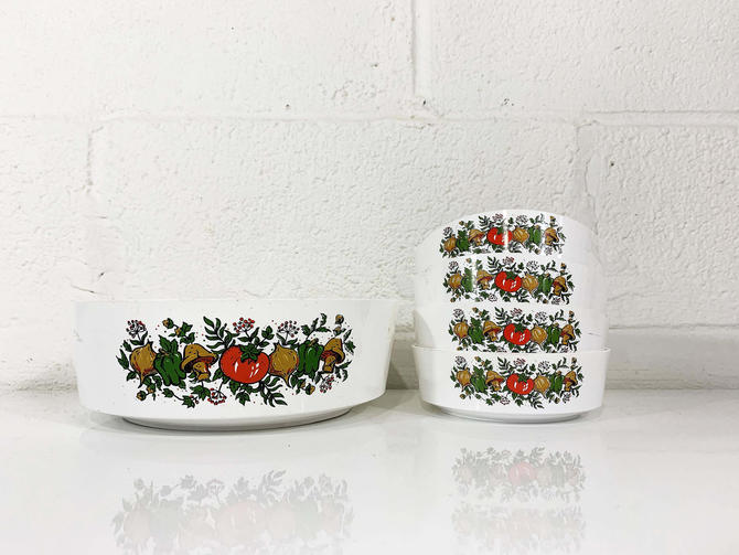 Vintage Sterilite Spice of Life Salad Bowls Set of Four Salad Soup Ice Cream Plastic Camping White Vegetable Serving Retro Kitsch Kitchen by CheckEngineVintage