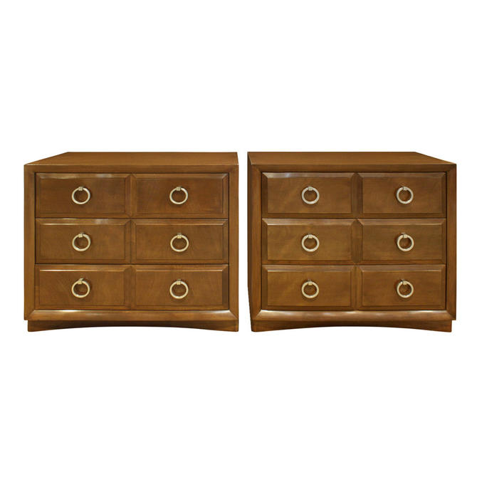 T.H. Robsjohn-Gibbings Pair of Bedside Table Chests in Walnut 1950s (signed)
