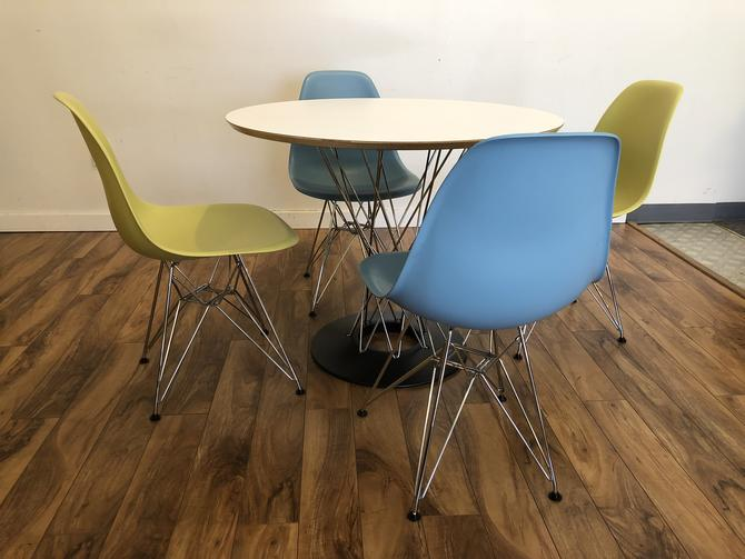 Noguchi Dining Table with Eames Chairs
