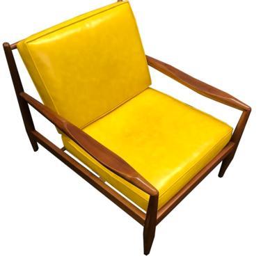 Adrian Pearsall Danish Modern Walnut Low Lounge Chair Yellow Cushions