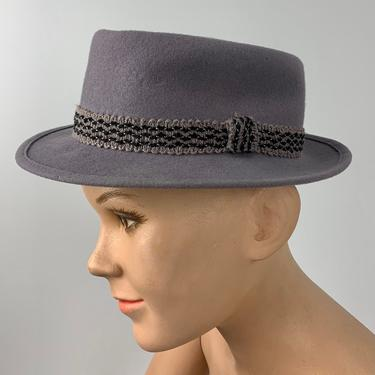 1950'S Young Boy's Pork Pie Fedora - PENNEY'S Label - Gray Wool Felt  - Young Boys Size 6 .... 18-3/4 inches by GabrielasVintage