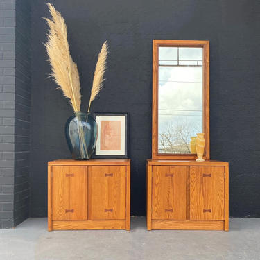 Pair of MCM Nightstands by Russel Wright for Conant Ball