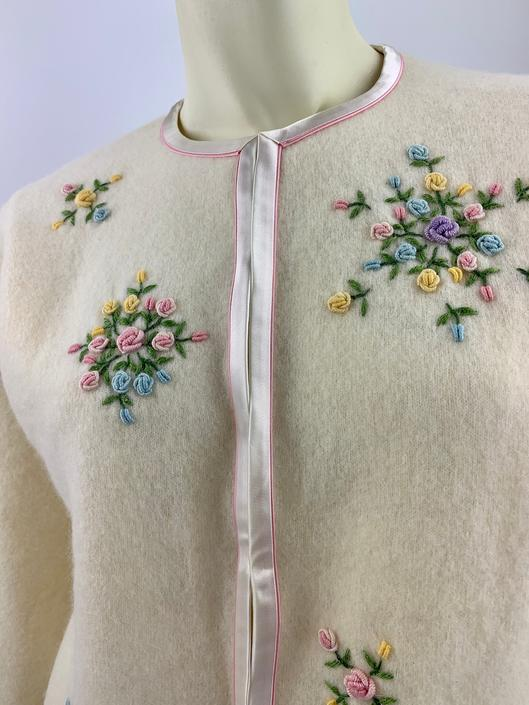 1950'S Cardigan Sweater - Hand Embroidered Flowers - 2-Tone Pink Satin Trim - Satin Lined - Tailored Medium by GabrielasVintage