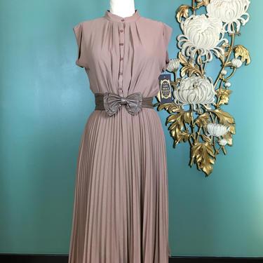 1970s crepe dress, vintage 70s dress, pleated dress, size small, sexy secretary, cap sleeve dress, accordion pleats, minimalist style, 26 27 by BlackLabelVintageWA