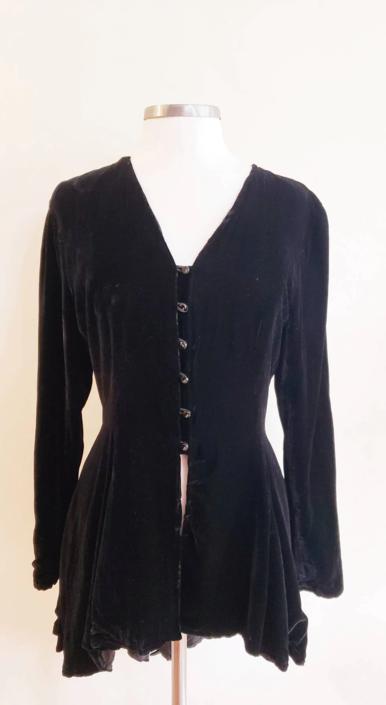 1990s Black Velvet Tunic Button Down / 90s Dorene Falk Silk Velvet Long Sleeved Jacket / Medium by RareJuleVintage