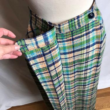 """70's Pendleton vintage plaid long A line wrap skirt~ with pockets~ 1960's 1970's true vintage~ nubby woolen skirt~ size 27"""" waist by HattiesVintagePDX"""