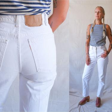 Vintage 80s White Levis 912 Denim/ 1980s High Waisted Tapered Leg Jeans/ Slim Fit/ Made in USA/ Size 28 by bottleofbread