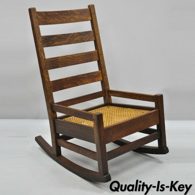 Antique Arts & Crafts Mission Oak Ladder Back Hip Rail Rocker Rocking Chair