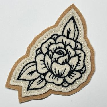 Handmade / hand embroidered tan & off white felt patch - small black lines rose - vintage style - traditional tattoo flash by FastDoll