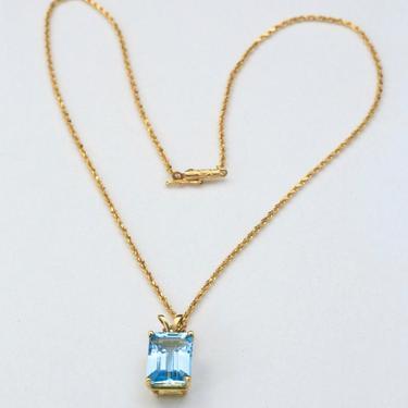 Vintage 10k Yellow Gold & Blue Aquamarine Emerald Cut Pendant Necklace by HouseofVintageOnline