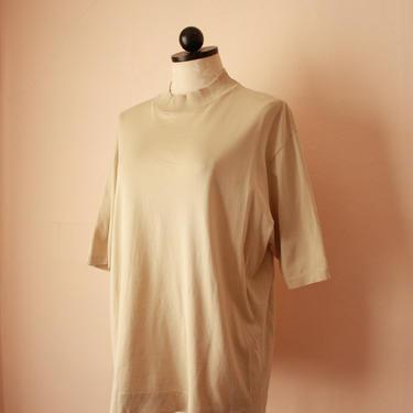 80s Beige High End Oversized Mockneck T-Shirt Tee One Size Plus Size by NoSurrenderVintage