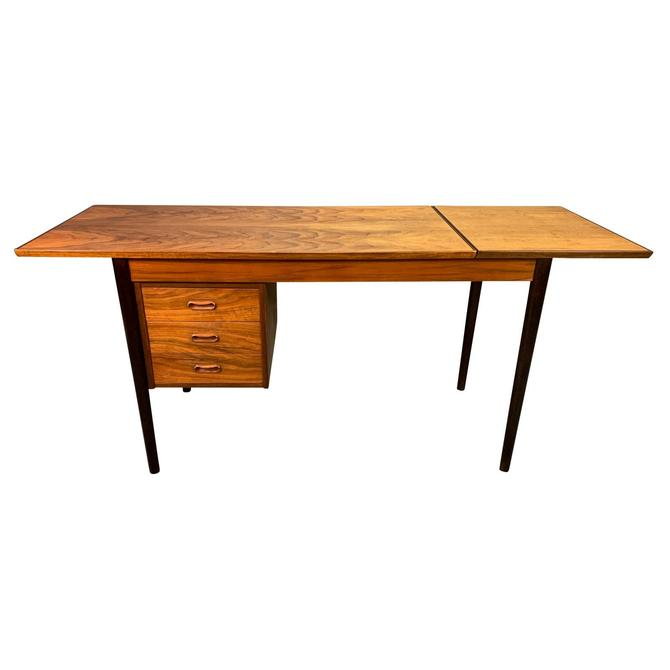 Vintage Danish Mid Century Modern Walnut Drop Leaf Desk by Arne Vodder for H. Sigh & Søns Møbelfabrik. by AymerickModern