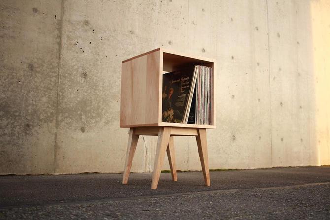 Filipe Vinyl Cubby, Mid Century Record Storage, Mid-Century Modern LP Storage, Vinyl Storage Case (Shown in Maple) by TomfooleryWood