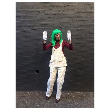 Oompa Loompa with oomph #vintage 1960s #Lee painters #overalls & #vintage #turtleneck / brightest green wig come check out our vintage costume selections!#willywonka #costume #oompaloompa #halloween #meepsdc #admo