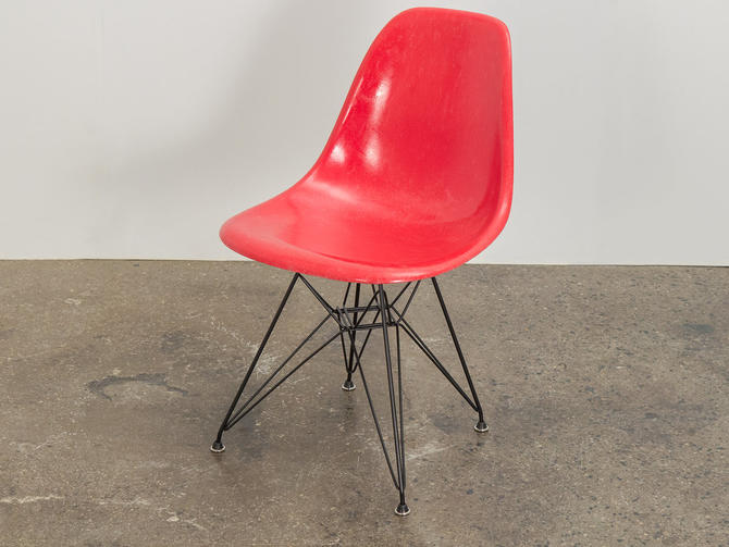 Candy Red Eames Shell Chair by openairmodern