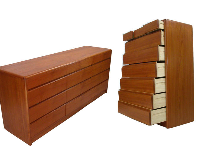 Danish Modern Teak 2pc bedroom Dresser Set / Credenza From Nordisk- Near MINT