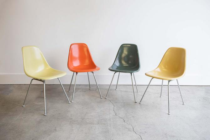 Vintage Eames Multicolored Set Rare Colors Charles Eames for Herman Miller Set of 4 Fiberglass Shell Dinning Chairs by GoodWilson