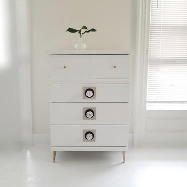 Beautiful mid century modern dresser