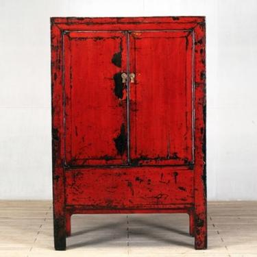 Chinese Cabinet with Two Shelves and Restoration