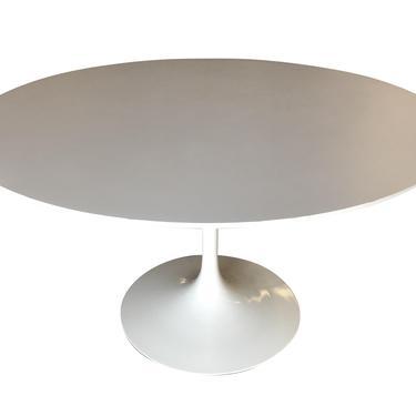 "Eero Saarinen ""Tulip"" 36"" Round Dining Table for Knoll by HarveysonBeverly"