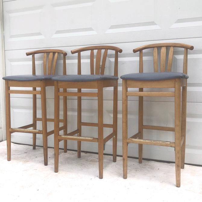 Set of Modern Barstools by secondhandstory