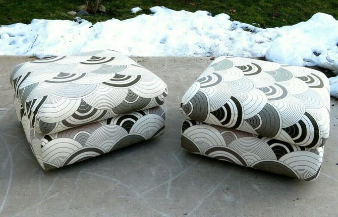 VTG Mid Century OTTOMAN FOOTSTOOL PAIR Retro SPACE AGE Panton Heals Fabric ART