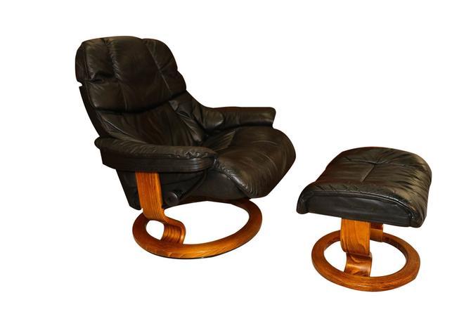 Mid Century Scandinavian Modern Ekornes Stressless Recliner Chair and Ottoman by Marykaysfurniture