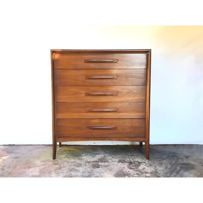 Broyhill Emphasis Tall Dresser