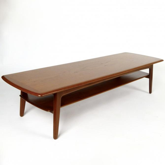 Svend Madsen Coffee table with Magazine Shelf