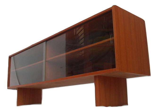 Danish Modern Long Low Teak Bookcase / Display Case / Credenza Mid Century MCM