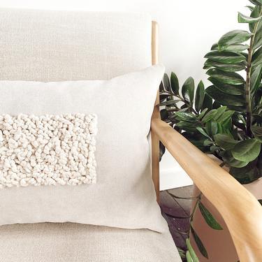 "Fiberart Lumbar Pillow ""Legato"" 16x26 -throw pillow-decorative macrame pillow by shopcandiceluter"