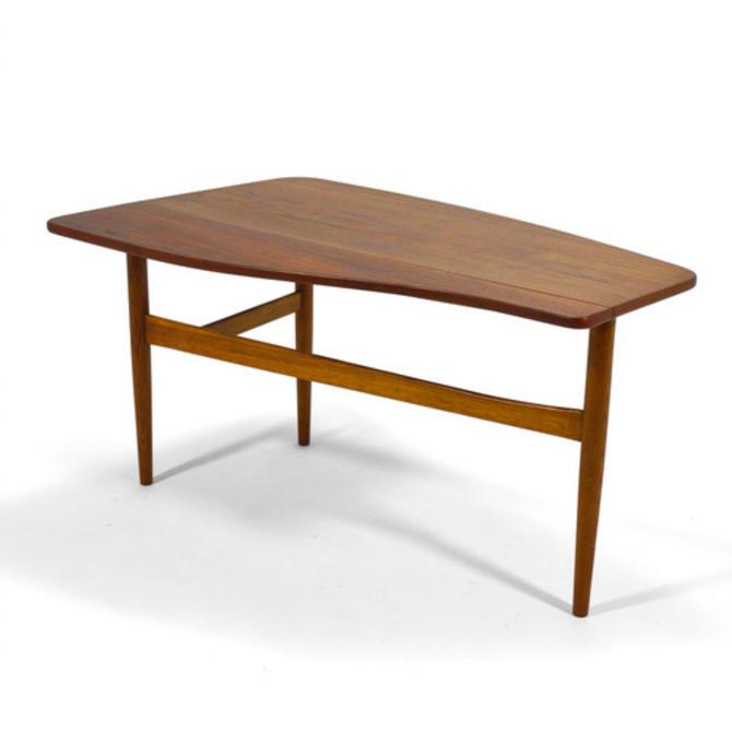 Finn Juhl Coffee Table with Drop Leaf
