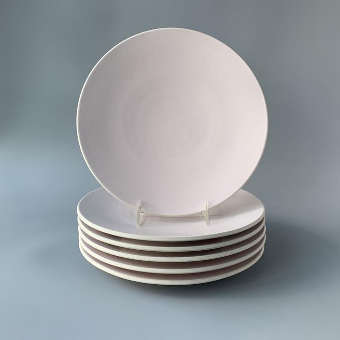 Six Massimo Vignelli Sasaki Colorstone Matte Pink Dinner Plates by HomeAnthology
