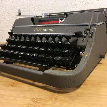 1949 Underwood Champion Typemaster Portable Typewriter with Case, New Ribbon, Owner's Manual by Deco2Go