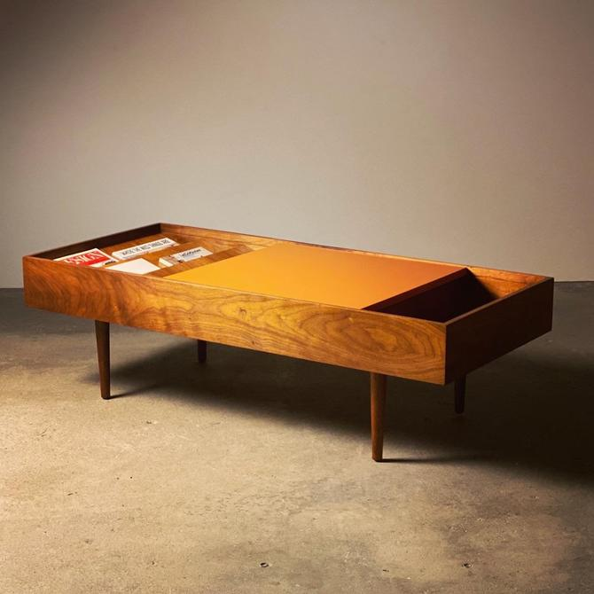 Milo Baughman Magazine Coffee Table by midcenTree
