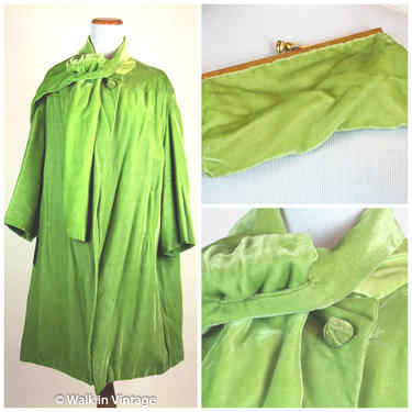 Vintage 1950s Poison Bright Green Light Velvet Spring Swing Coat 3/4 sleeves, Matching Clutch Size L XL by WalkinVintage