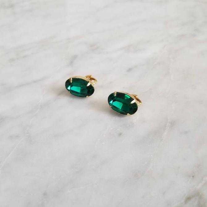 Vintage Emerald Rhinestone Earrings / Oval Glass Cabochon Earrings / Gold Tone Clip On Earrings / May Birthstone Earrings / Costume Jewelry by SoughtClothier