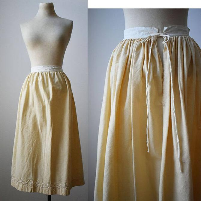 Edwardian Underskirt / Ivory Wool Skirt / Edwardian Wool Underskirt / Wool and Linen Skirt / Long Underskirt / Embroidered Antique Skirt by milkandice