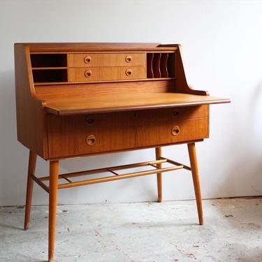 Secretary Desk in Teak