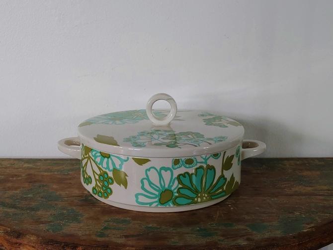 Vintage Villeroy & Boch Scarlett Pattern Casserole Dish w Lid by ModandOzzie