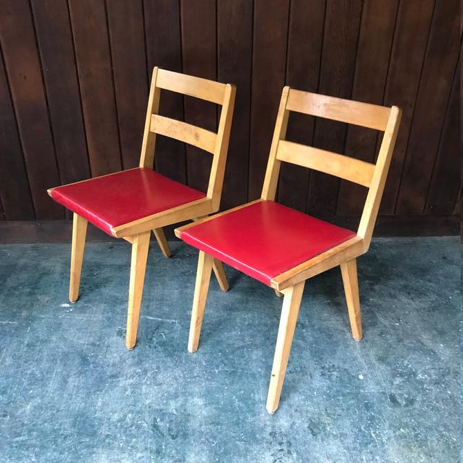 Jens Risom or Mel Smilow Maple Dining Chairs Red Vinyl Mid-Century Vintage Modern by BrainWashington