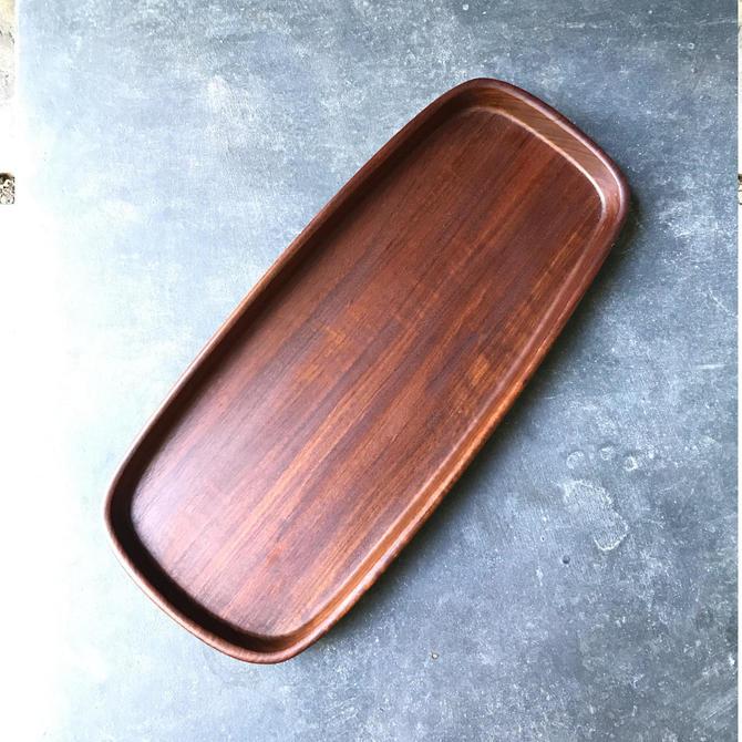 Rare Vintage Mid-Century Oval Teak Wood Tray by BrainWashington