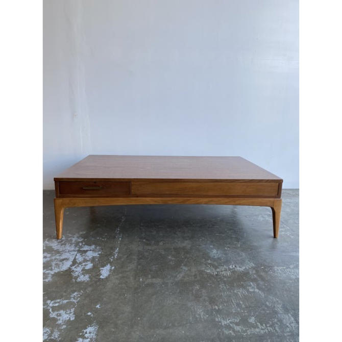 Mid-Century Modern Lane Double Sided Coffee Table by VintageOnPoint