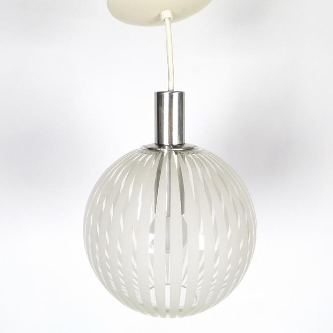 Lightolier Glass Pendant Light