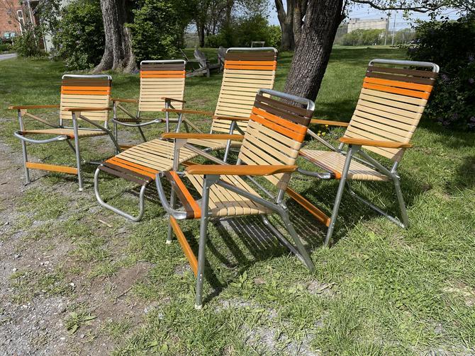 Retro Chic Lawn Chair Set