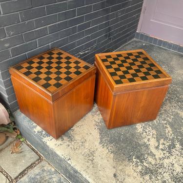 Vintage 1960s Lane Chess Side Table Flip Top with Black Vinyl Stool Storage Chest Mid-Century Walnut Veneer by BrainWashington