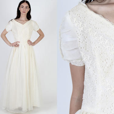 50s Long Ivory Chiffon Wedding Dress / 1950s Floral Embroidered Ball Gown / Mid Century Full Skirt Maxi Dress / Bridal Bridesmaids Outfit by americanarchive